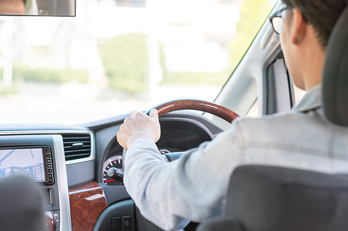 店舗スタッフの仕事【ドライバーの管理】 男性高収入求人ドカント