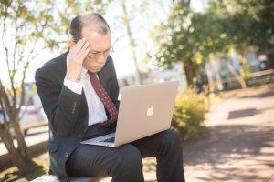 恩着せがましく証券会社の担当にメールをする。 男性高収入求人ドカント