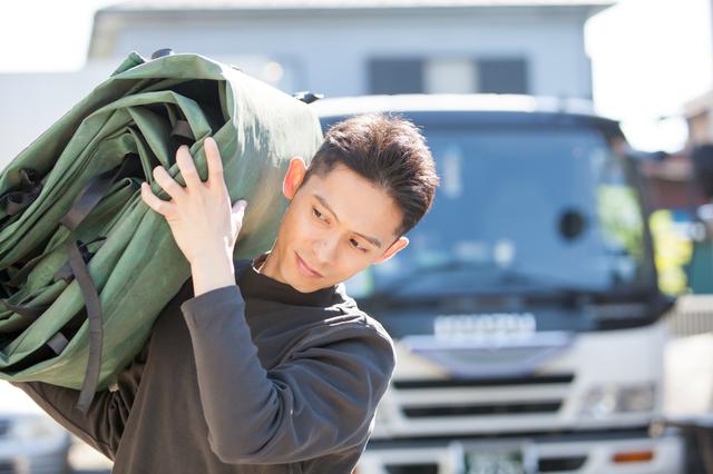 フリーターが日雇いの資材搬入(荷揚げ)アルバイトを体験レポート! 男性高収入求人ドカント