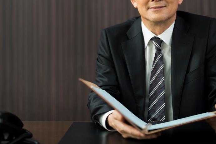 ナイトレジャー業界の勤務時間について 男性高収入求人ドカント