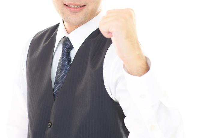 【体験談】キャバクラ勤務:男性スタッフ(26歳)の実情 男性高収入求人ドカント