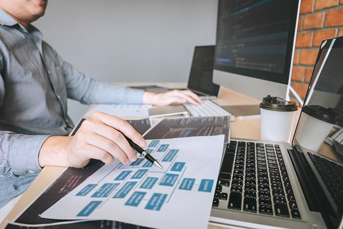 さらなる給料アップを目指してプログラミング・アプリ開発の勉強中 男性高収入求人ドカント