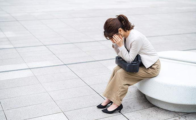 不況によるリストラや給料カットで多くの女性が風俗業界へ! 男性高収入求人ドカント