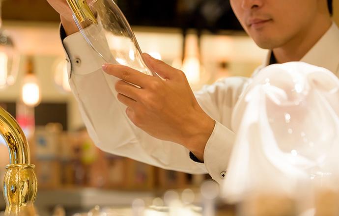 キッチンスタッフの仕事内容は…。 男性高収入求人ドカント