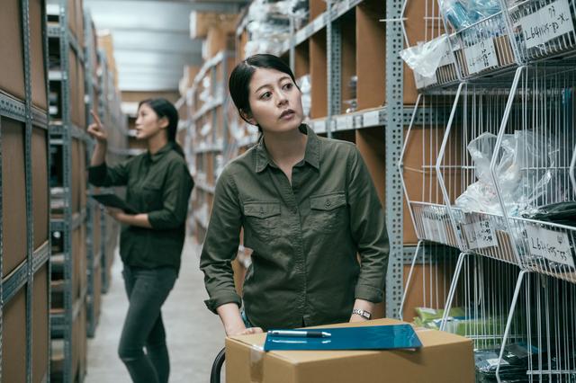 フリーターが倉庫の軽作業 男性高収入求人ドカント、ピッキングのアルバイトを体験!